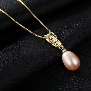 Gorgeous Natural Pearl Drop Necklace